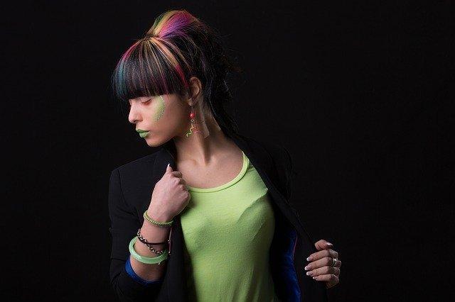 黒髪グラデーションで外国人風の今時スタイルに!おすすめカラーは?