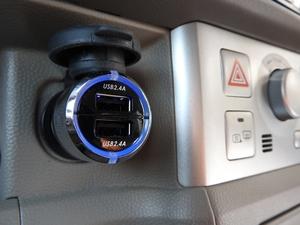シガーソケットUSBのおすすめは?車内で充電器やコンセントが使えて便利に!
