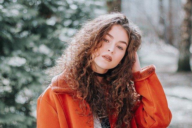 ねじり前髪のアレンジ特集♡短くても簡単に出来るやり方も紹介!