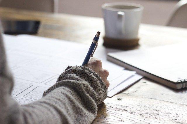 覚書の書き方と例文まとめ!意味・役割・作成時の注意点や契約書との違いも紹介!