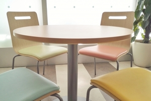 100均の椅子は頑丈で使える!コンパクトでおしゃれな商品などおすすめ紹介!