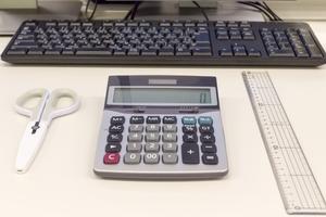 デスク周りの収納をもっとおしゃれに!オフィスを整理する人気アイテムまとめ!