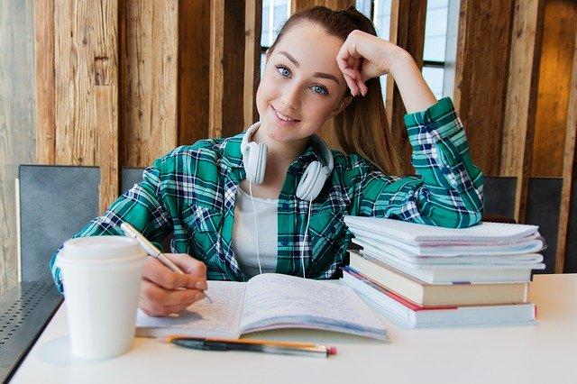 ノートの上手なまとめ方を紹介!簡単にできるコツをつかんで成績アップ!