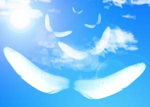 【夢占い】空を飛ぶ夢の意味は?パターン別の心理や暗示も徹底解説!