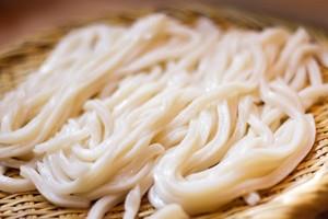丸亀製麺のカロリーまとめ!ダイエットにおすすめのメニューや栄養価も!