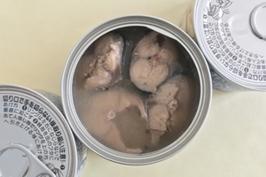 鯖缶のカロリー&糖質を調査!水煮と味噌煮の違いやダイエット中の食べ方は?