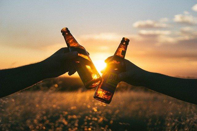 糖質ゼロ&糖質オフのビールの人気商品をランキングで紹介!カロリーは?