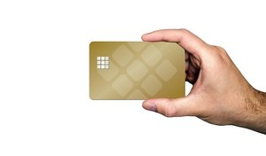 ゴールドカード取得に必要な年収目安は?審査基準や通るコツもリサーチ!
