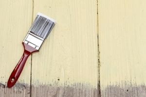 木材の塗装の選び方を徹底解説!オイルステインと水性ステインの違いや種類も