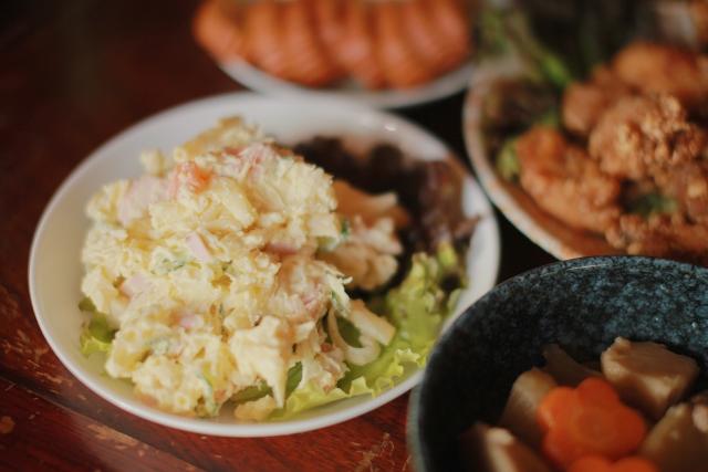 ポテトサラダを冷凍保存する方法を紹介!解凍方法やリメイクレシピもあり!