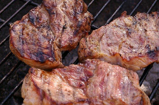 いきなりステーキのカロリーを調査!メニュー別の糖質やダイエットメニューは?