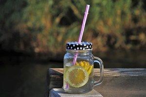 100均ダイソー・セリアの水筒23選!おすすめの種類や便利な活用術も紹介!