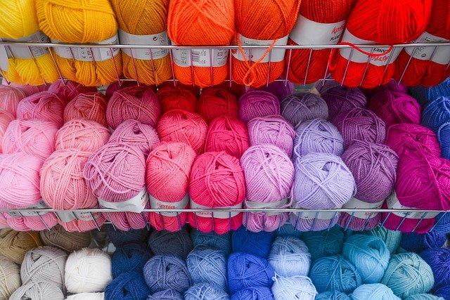 初心者も簡単に出来るマクラメ編みの編み方解説!種類や作品アイデアも紹介♪