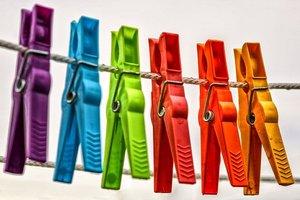 タイダイ染めの簡単なやり方!自宅でやる時に必要な材料や染め方の手順は?