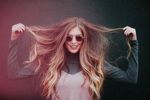 内巻き髪は簡単でかわいい!ボブ・ロング・ミディアムごとにやり方を伝授!