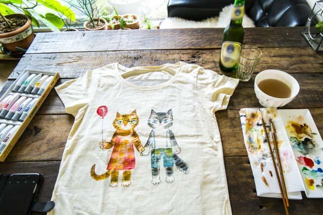 Tシャツなど服を自分で染める方法は?簡単なやり方やおすすめの染料も紹介!