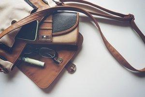 しまむらの財布はプチプラなのに超優秀!二つ折りや長財布などおすすめ商品まとめ
