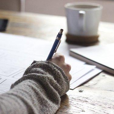 「記 以上」の使い方を解説!書き方や位置を例文付きでチェック!
