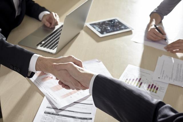 「業務」の意味とは?仕事・職務・執務との違いや使い分け方も解説!