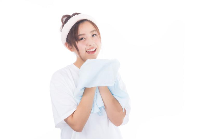 クレンジングと洗顔の違いって何?ダブル洗顔のメリットや注意点も確認!