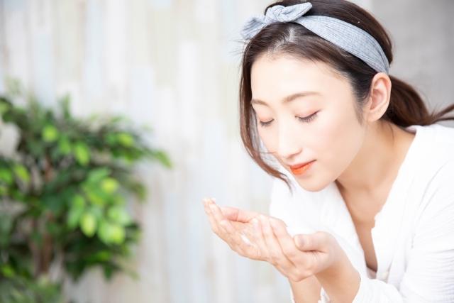 洗顔は泡立てが重要!肌に優しい洗い方のコツや効果を徹底レクチャー!