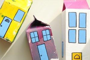 牛乳パックで作る貯金箱が簡単でおしゃれ!作り方の手順やコツを詳しく解説!