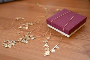 手作りネックレスの作り方ガイド!初心者向けの基本知識やおすすめレシピを紹介!