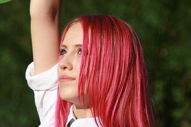 ピンクアッシュのヘアカラーで可愛さUP♡おすすめヘアアレンジまとめ!
