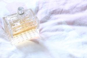 サムライの香水15選!レディース・メンズ別におすすめ商品を厳選!
