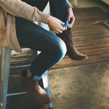 ロングカーディガンの大人コーデ例!季節ごとの着こなし方や人気色をチェック!