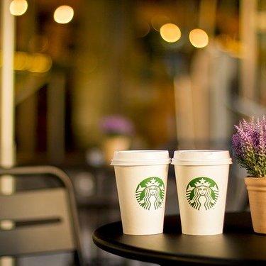 スタバでカップにメッセージを書いてもらうコツを紹介!時間帯や店員の基準は?