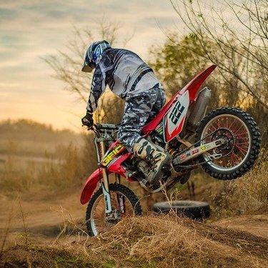 【2020】250ccの人気オフロードバイク17選!おすすめ車種や性能を紹介