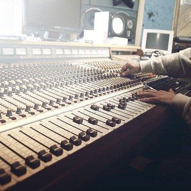 イコライザー設定のおすすめのやり方を解説!最高の音質でより楽しめる!