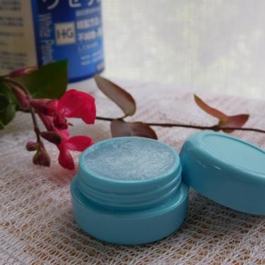 白色ワセリンは便利な美容アイテム!効果的な使い方や肌の保湿方法もご紹介!
