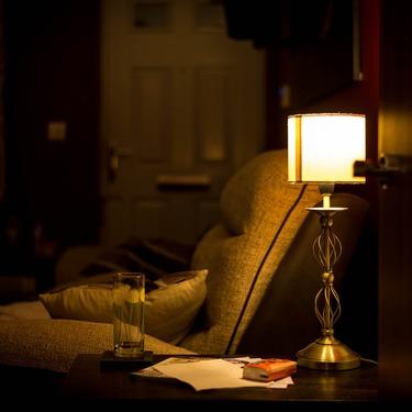 間接照明で部屋の雰囲気がおしゃれに!選び方やテクニックなどもご紹介!