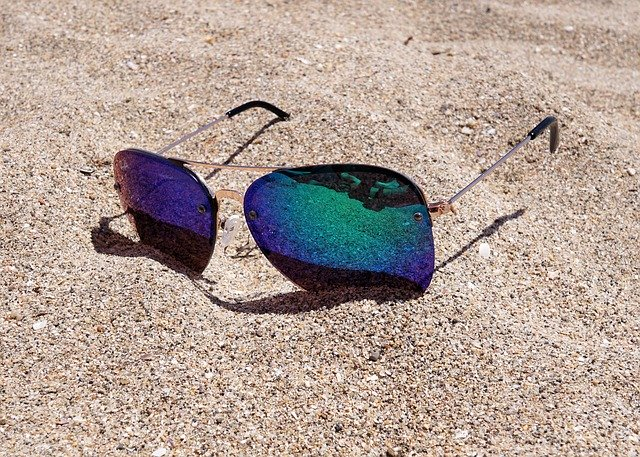ダイソーのサングラスはおしゃれで優秀!UVカット効果のあるおすすめも紹介!