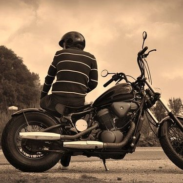バイクのドライブレコーダーは必須アイテム!ドラレコの機能性や価格を解説!