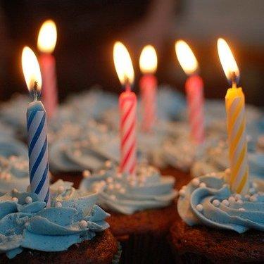 結婚記念日のおすすめケーキ19選!メッセージ入りや取り寄せできる人気商品も!