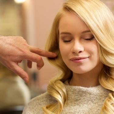 金髪の種類を特徴とともに解説!おすすめの髪型やカラーも紹介!