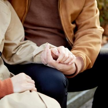 熟女好きな男性の特徴や心理は?惚れるきっかけや魅力も解説!