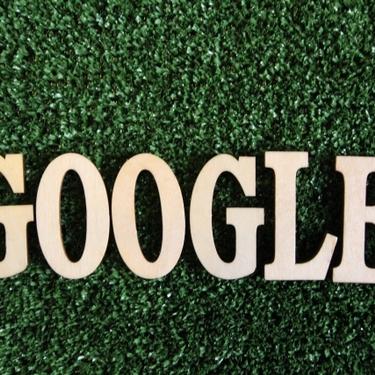 検索画面が一回転や斜めになるGoogleの隠しコマンドとは?面白い機能を紹介!