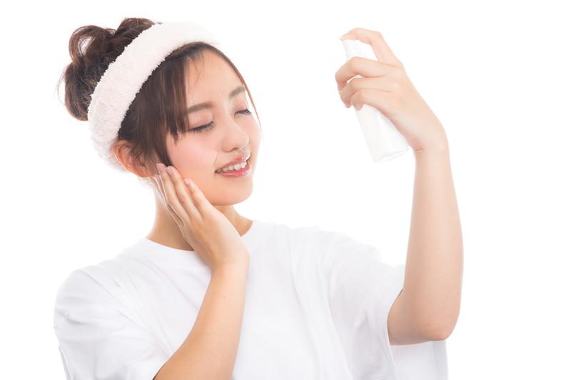 化粧直しミストのおすすめ商品21選!簡単にできて崩れにくい方法も紹介!