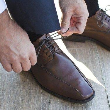 革靴の洗い方!型崩れしない乾かし方や臭いの取り方など自宅でできる方法あり!
