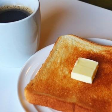 電子レンジでトーストは焼けるの?トースターなしで焼く方法を紹介!