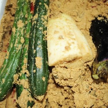 ぬか漬けにすると美味しい野菜の種類は?素材別の漬け方やレシピもチェック!