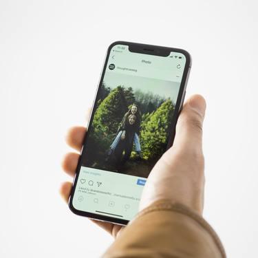 【LINE】トークの写真や動画の保存期間は?復元方法も紹介!