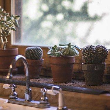 一人暮らしの水道代は平均いくら?仕組みや節約するためのコツを伝授!