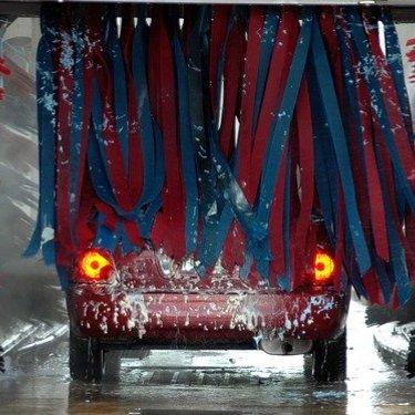 洗車機のおすすめは?タイプ別のメリット・効果・メニューなど詳しくリサーチ!