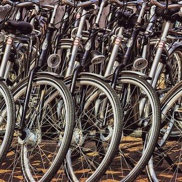 クロスバイクのタイヤ交換を徹底解説!適切な頻度やメンテナンスの費用など!