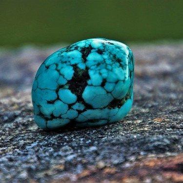 ターコイズ(トルコ石)の意味・効果とは?色・特徴やパワーストーンの歴史も紹介